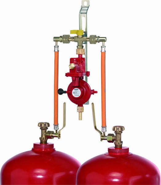 Flaschenanlage für 2 Flaschen 4 kg/h 50 mbar